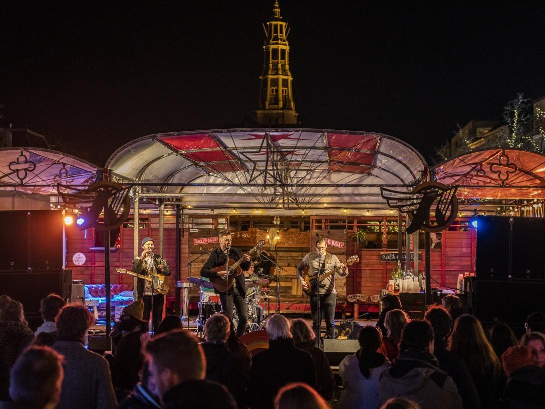 mobiel podium truck, k-veewagen, vintage truck stage, scania stage